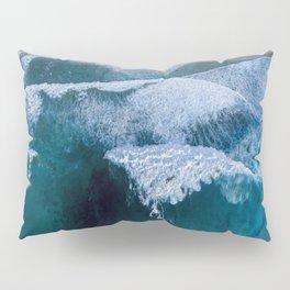 The waves at Banzai Pipeline - Oahu, Hawaii Pillow Sham