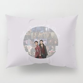 The Queen and the Pirate Pillow Sham