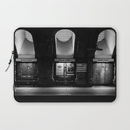 Alight here for Sherlock Holmes - Baker Street Tube Laptop Sleeve