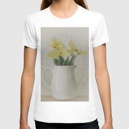 PITCHER OF FLOWERS T-shirt