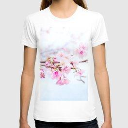 Japanese cherry-blossom tree, 'Oh-kanzakura' T-shirt