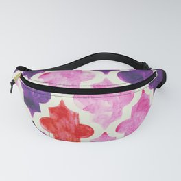 Quatrefoil pattern in muted pink, purple and red Fanny Pack