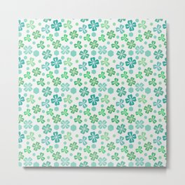 Green Clover Pattern Metal Print