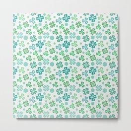 Green Clover Pattern Metal Print