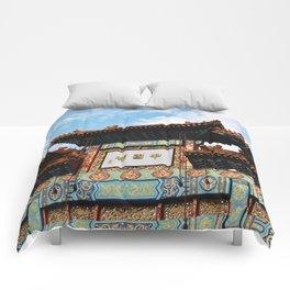 Crossroads Comforters