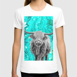 Highland Cow Black and White Turquoise Marble T-shirt