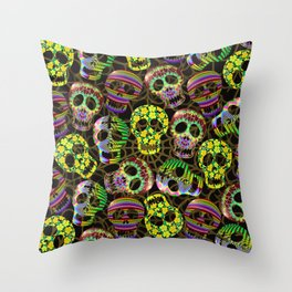 Sugar Skulls Pattern Throw Pillow