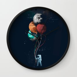 Balloon astronauts and planet Wall Clock