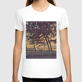 Family on the beach sunset landscape art T-shirt