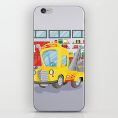 tow truck iPhone Skin