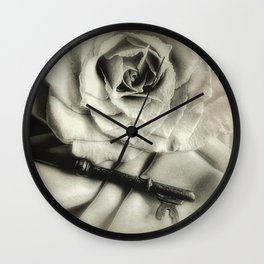 Faded Rose and Old Key Vintage Style Modern Country Cottage A440 Wall Clock