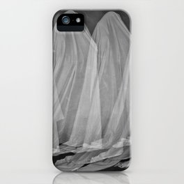La marche du fantôme iPhone Case