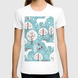 Seamless background with deer for winter and christmas theme. Vintage illustration.  T-shirt