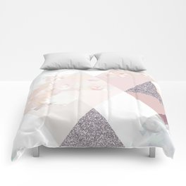Triangles in glittering Rose quartz - pink glitter triangle pattern Comforters