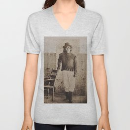 Very Rare 1900 Native American Apache tribe photograph of Geronimo Unisex V-Neck