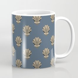 Clamshell design Coffee Mug