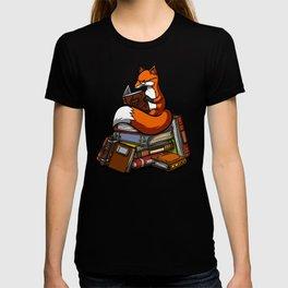 Cute Fox Reading Book T-shirt