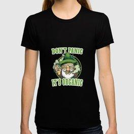 Cannabis saying Dont Panic Organic | Farmer with hemp leaf T-shirt