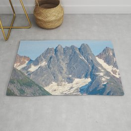 The Mountain's Crown Rug
