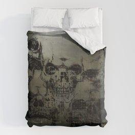 Dark abstract skull Comforters