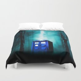 TARDIS BLUE EXPLODES Duvet Cover