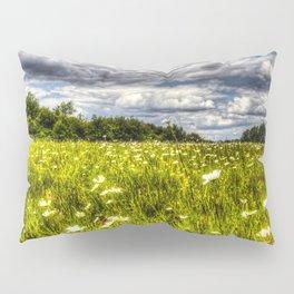 The Daisy Field Pillow Sham