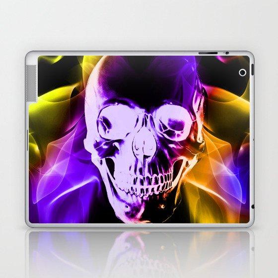 Smokey Skull Laptop & iPad Skin