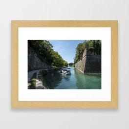 Navigando Framed Art Print