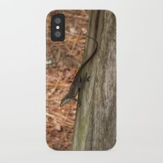 Anole in the pines Slim Case iPhone X