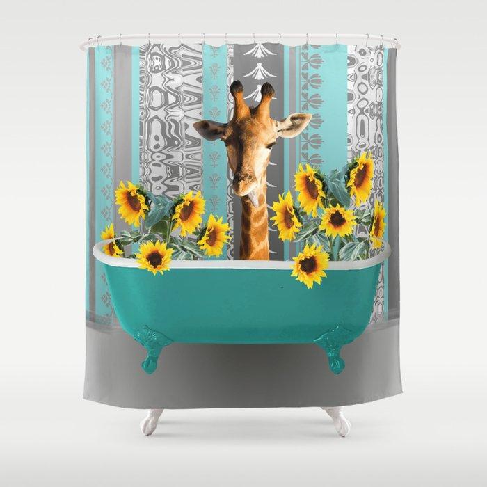 Bathtub with Giraffen sunflowers Shower Curtain