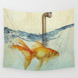 periscope goldfish Wall Tapestry