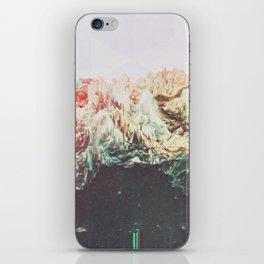 grūmbł iPhone Skin
