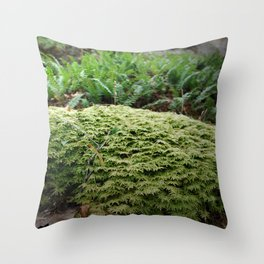 plant moss texture Throw Pillow