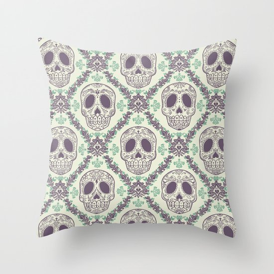 Viva la muerte! Throw Pillow