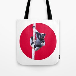 Indri indri sitting in the tree Tote Bag