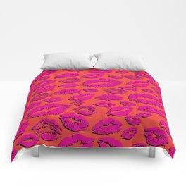 Lips 23 Comforters