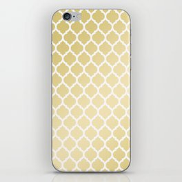Elegant faux gold white moroccan quatrefoil pattern iPhone Skin