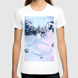 Behind the scenes - big cat hiding behind the flowers - lovely colors #decor #society6 #buyart T-shirt