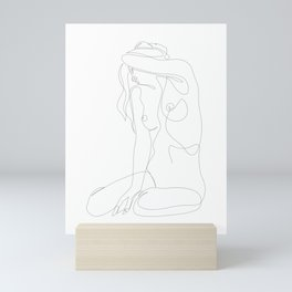 seclusion - one line nude Mini Art Print