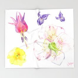 UriKuri Watercolour Spring flowers / hellebore, violet, primrose Throw Blanket