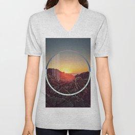 Peel sunset - circle graphic ll Unisex V-Neck