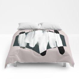 Minimalism 23 Comforters