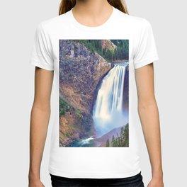 Lower Falls Yellowstone National Park United States Ultra HD T-shirt
