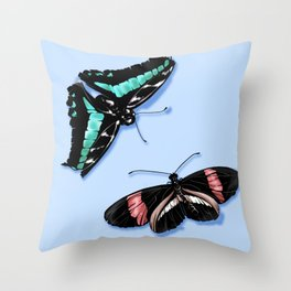 Papillon vert Throw Pillow