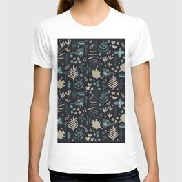 Night Nature Floral Pattern T-shirt