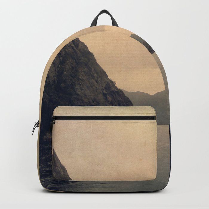 mountains - follow your heart Backpack