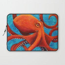 Holding On - Octopus Laptop Sleeve
