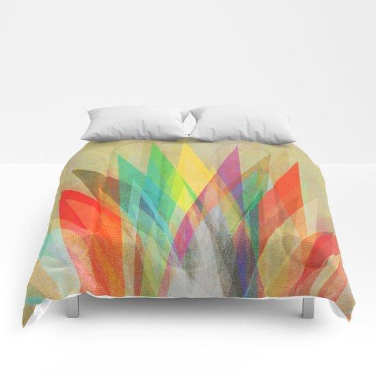 Graphic 15 Comforters
