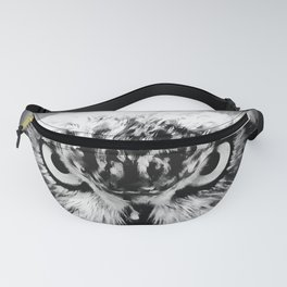 owl look digital painting reacbw Fanny Pack