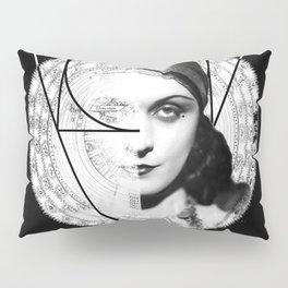 Homuncula: Pola Negri dark Pillow Sham
